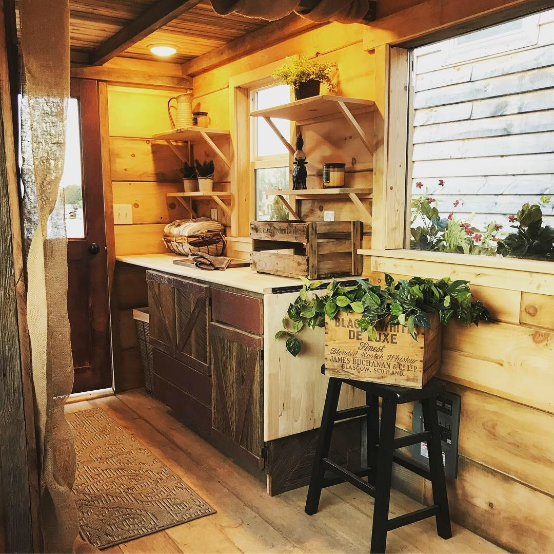 Where The Red Fern Grows Incredible Tiny Homes